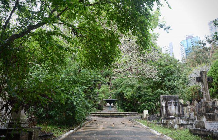 Hong Kong Hidden Gems Travel Cemetery Tour